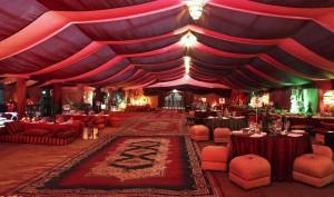 dekorasi pernikahan tema arabian